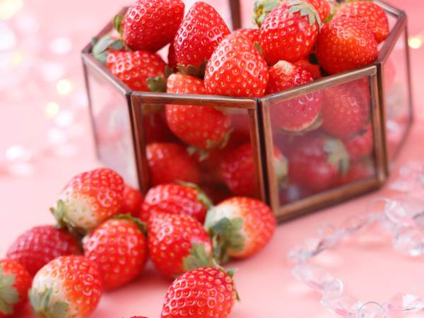 <土日限定>SUPER STRAWBERRY FAIR 2020~Five senses~スイーツビュッフェ