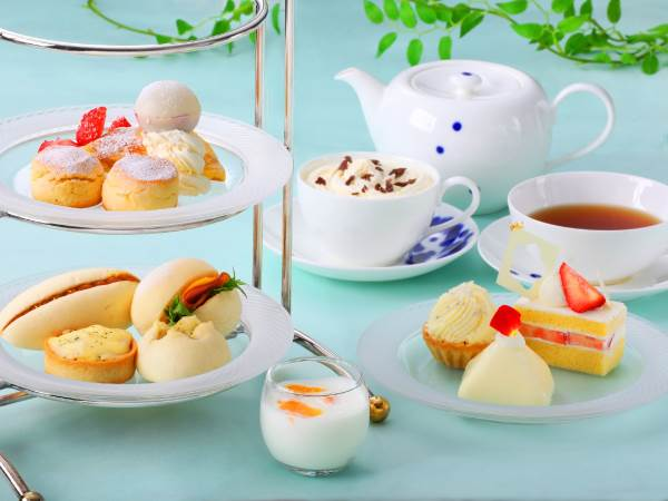 13%OFF!Colouring Afternoon tea ~White Bloom~(4,400円→3,800円)